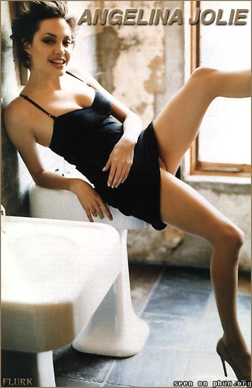 angelina-jolie-nude-modeling