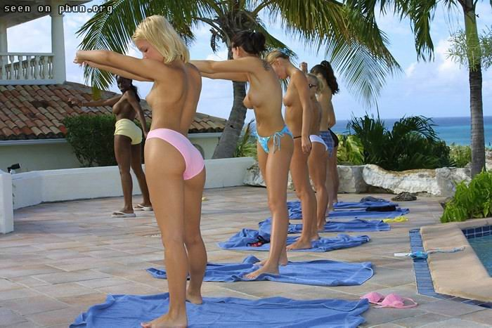 Phun nude gymnastics